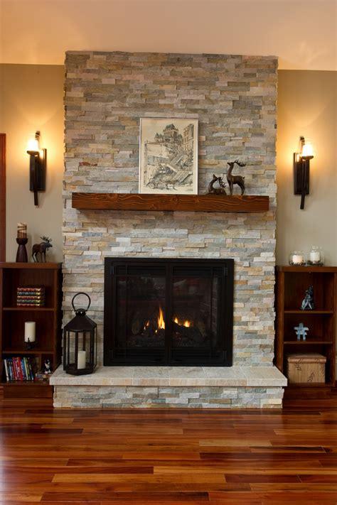 foyer bois design d un manteau de foyer publi 233 dans un magazine 2015