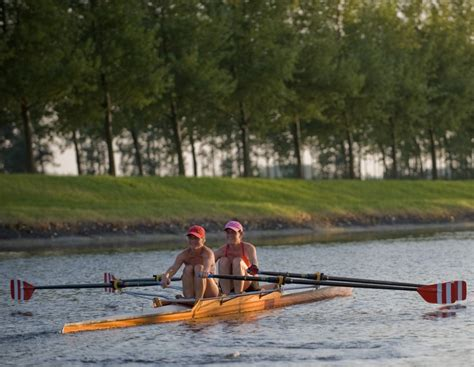 Roeien Goes by Roeien Door Het Kanaal Van Walcheren Sport En Spel In