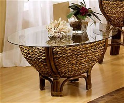 tropical round coffee table amazon com tropical rattan and wicker round coffee table