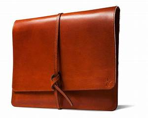 handcrafted leather vichithong produces beautiful ipad With leather document case