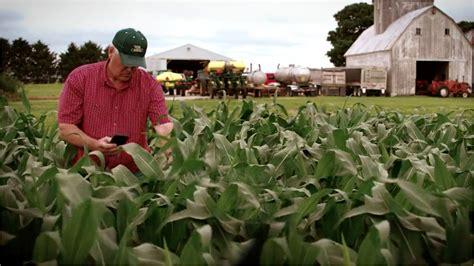 farmers share crop data  exchange  market insight