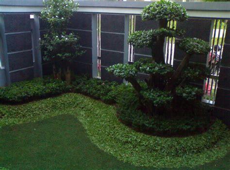contoh taman mini depan rumah  indah  desain