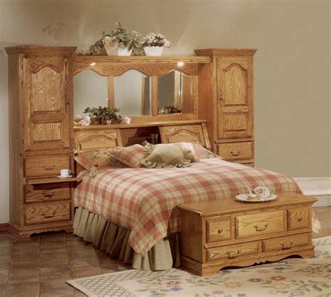 details  cedar lined red oak wood mirrored bed