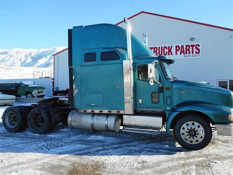2000 International 9400i Eagle Sleeper Semi Truck For Sale