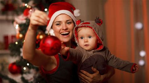10 family christmas cards on youtube