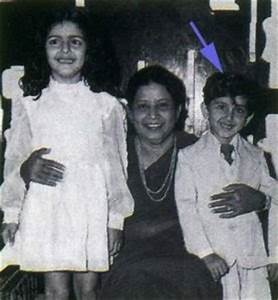 Hrithik Roshan family, childhood photos | Celebrity family ...