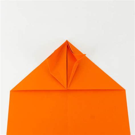 wie bastelt einen papierflieger papierflieger anleitung 29 38 einfach basteln