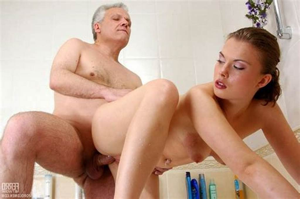 #Naked #Wemen #Having #Sex #With #A #Naked #Men