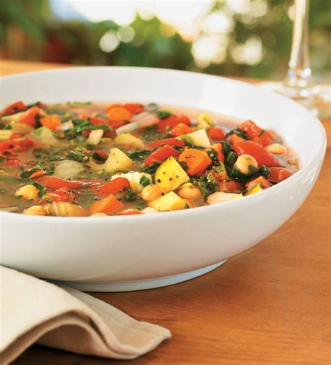 recipe minestrone soup slow cooker minestrone soup recipe food and recipes mother earth living