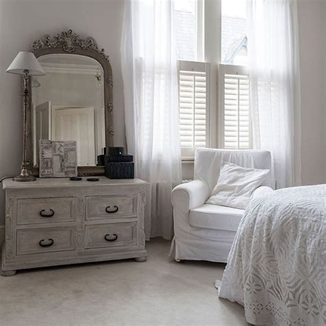 shabby chic bedroom suite smallspace living 5 steps to create the illusion of space the interior editor