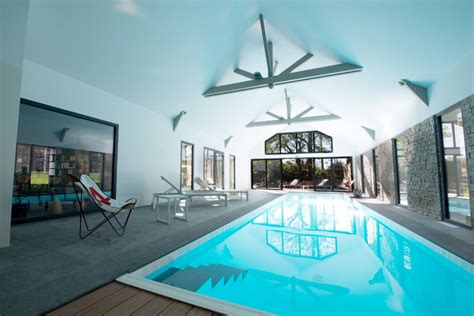 chambre piscine cuisine chambres d hã tes avec piscine dans l eure en