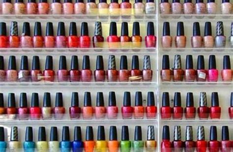 How To Choose Nail Polish Color