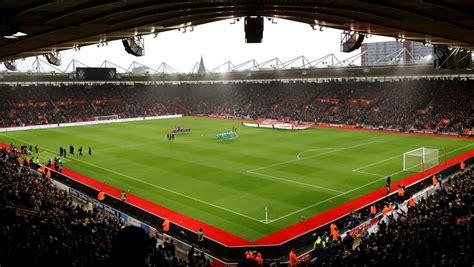 Conoce con nosotros que encuentros de fútbol se juegan en el. Partidos de fútbol de hoy domingo 25 de noviembre ¿Quién juega hoy?