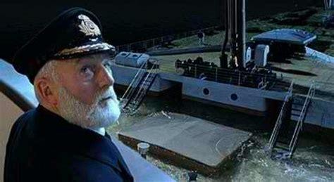 Titanic Movie Boat Sinking Scene by Captain Smith Sinking Titanic Titanic Movie Pinterest