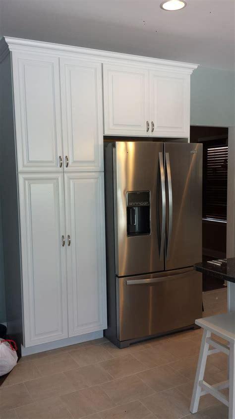 kraftmaid kitchen pantry cabinet kraftmaid kitchen pantry cabinet kraftmaid maple kitchen 6725