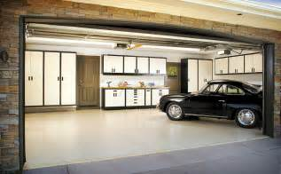 Modern Garages Photo Gallery by Garage Uncrate