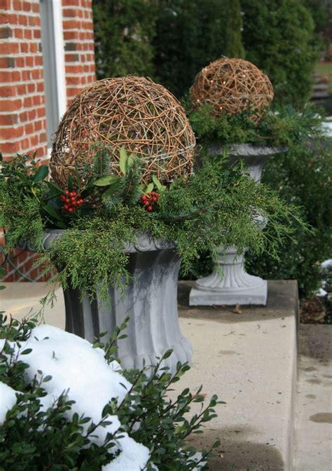 Outdoor Christmas Urn