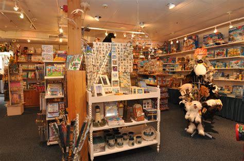 whales tale cape  area shops