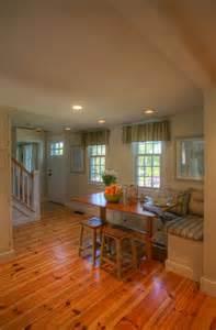 Cape Cod Style Cottage Home's Interior
