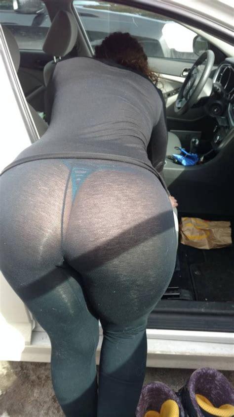Big Booty In See Through Yoga Pants Girls In Yoga Pants