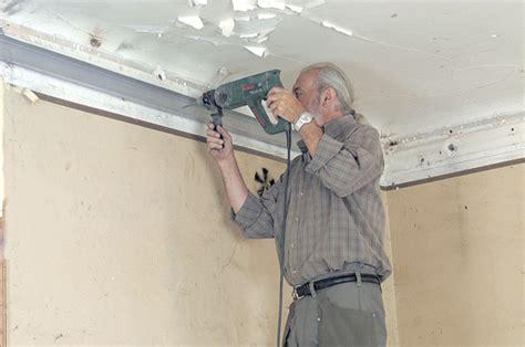 realiser un plafond suspendu realiser un plafond suspendu 28 images fixer un faux plafond en dalles amovibles maisonbrico