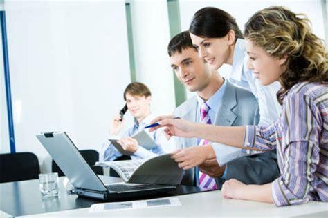 trabajo en equipo de oficina 3 problemas comunes de comunicaci 243 n en la oficina