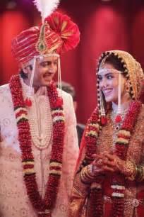 wedding d ritesh deshmukh and genelia d 39 souza wedding dulha dulhan