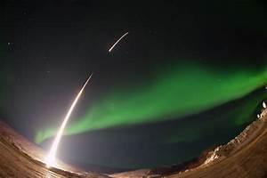 Sounding Rocket Launches Into Aurora Over Venetie, Alaska ...