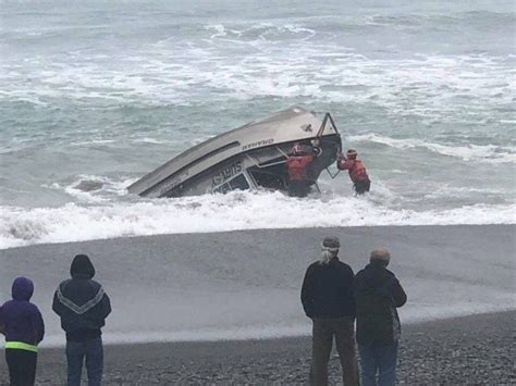 The Boat Capsized by Bystanders And Coast Guard Rescue Surveyors From Capsized