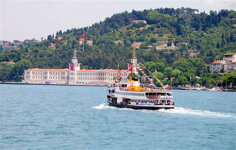 Boat Tour Istanbul by Bosphorus Boat Tour In Istanbul Turkey