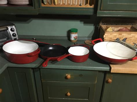 redd pans pots iron cast got christmas they close thirty enamelled warranty interesting getting should too pretty