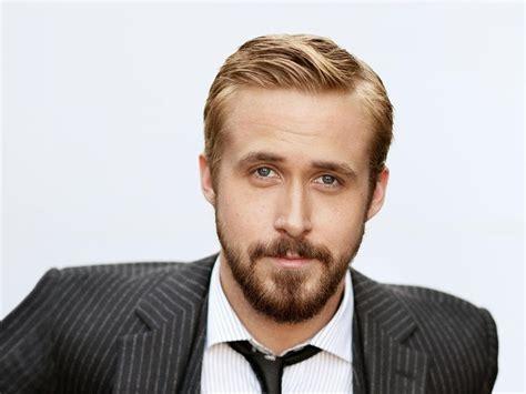Ryan Gosling Beard in 1920x1440 Resolution