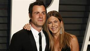 Jennifer Aniston and Justin Theroux's Relationship Through ...