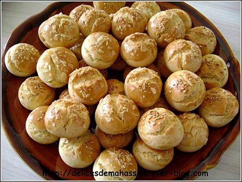cuisine marocaine patisserie ghribiyas 224 la vanille d 233 licieuses p 226 tisseries recette