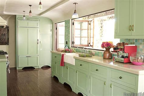 Green Kitchens :  How To Make Mint Green Color Work
