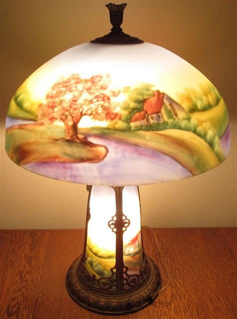 ANTIQUE ARTS & CRAFTS CHICAGO REVERSE GLASS PAINTED LAMP