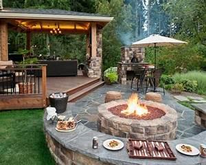 gartengestaltung ideen aussenkuche feuerstelle garden With französischer balkon mit ideen für feuerstelle im garten