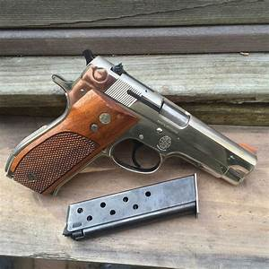Smith and Wesson Model 39: The gun that wanted to replace ...
