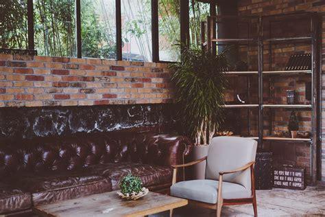 interieur canape images gratuites bois maison chaise intérieur mur