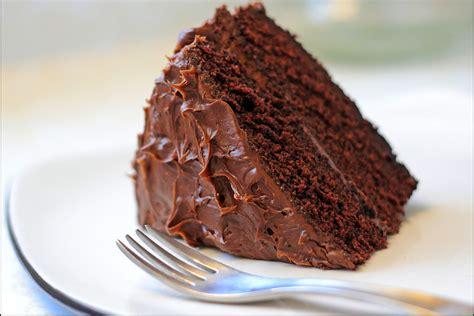easy chocolate cake classic and easy chocolate cake recipe