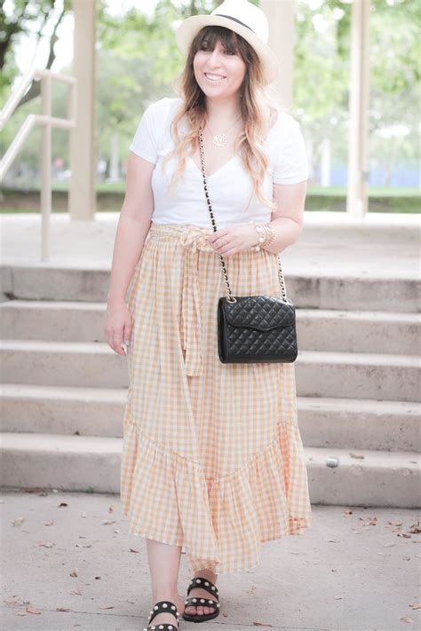 gingham skirt outfit  summer