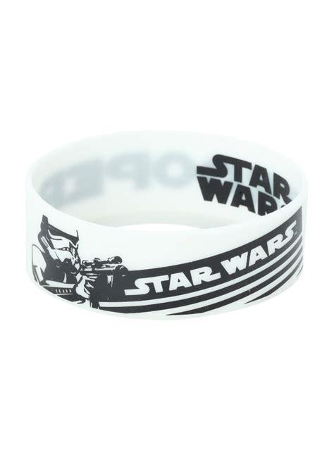 rubber bracelets  hot topic  kessel runway