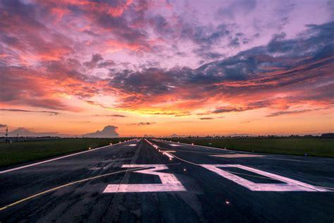 Each Runway Stripe Is 120 Feet Long. Here's What Else ...