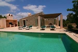 Moderne Finca Mallorca : finca mallorca strandnahe familien finca f r 6 erwachsene 2 kinder im nordosten von ~ Sanjose-hotels-ca.com Haus und Dekorationen