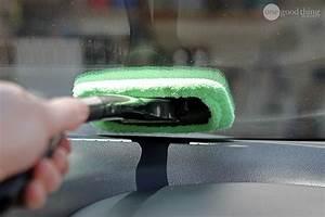 Nettoyer Pare Brise : 26 astuces pratiques pour ranger et nettoyer votre voiture chasseurs d 39 astuces ~ Medecine-chirurgie-esthetiques.com Avis de Voitures