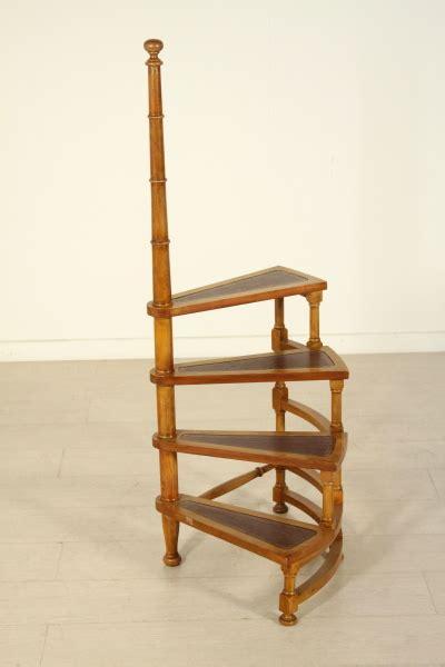 libreria scaletta scaletta da libreria mobili in stile bottega 900