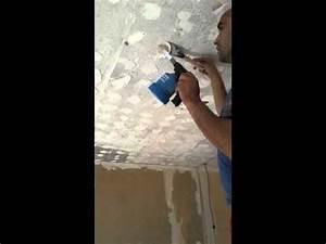 comment decoller de la colle au plafond youtube With comment decoller de la moquette