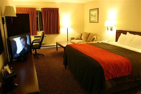 comfort inn bangor maine comfort inn bangor updated 2018 hotel reviews price