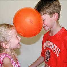 kinderspiele für geburtstag geburtstagsspiel ballon tanz ballonparty kindergeburtstag spiele tanzparty kinder und