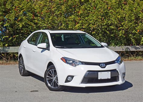 Toyota Corolla Cost by 2016 Toyota Corolla Le Road Test Review Carcostcanada